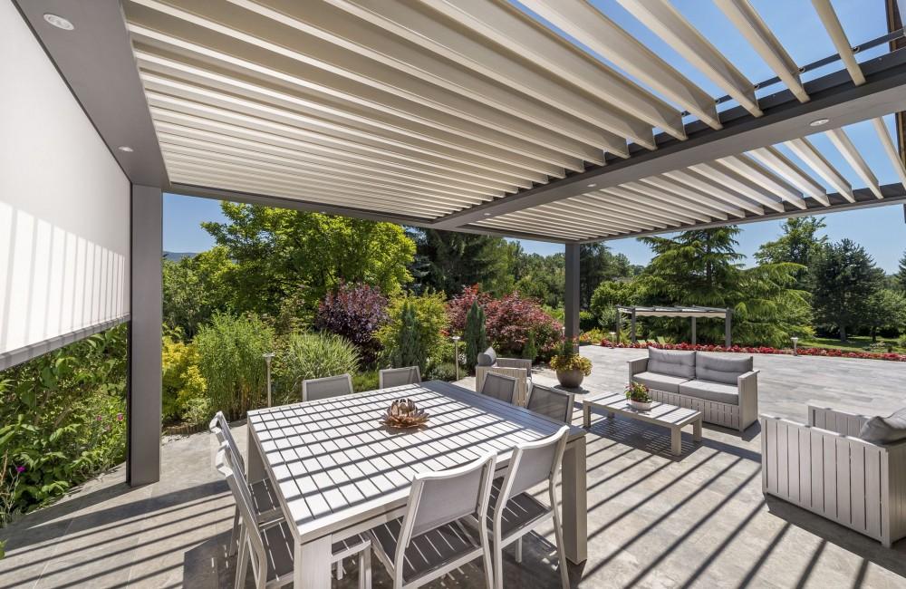 Pergola-aluminium à lames orientables Haute-Savoie - Actuel Veranda