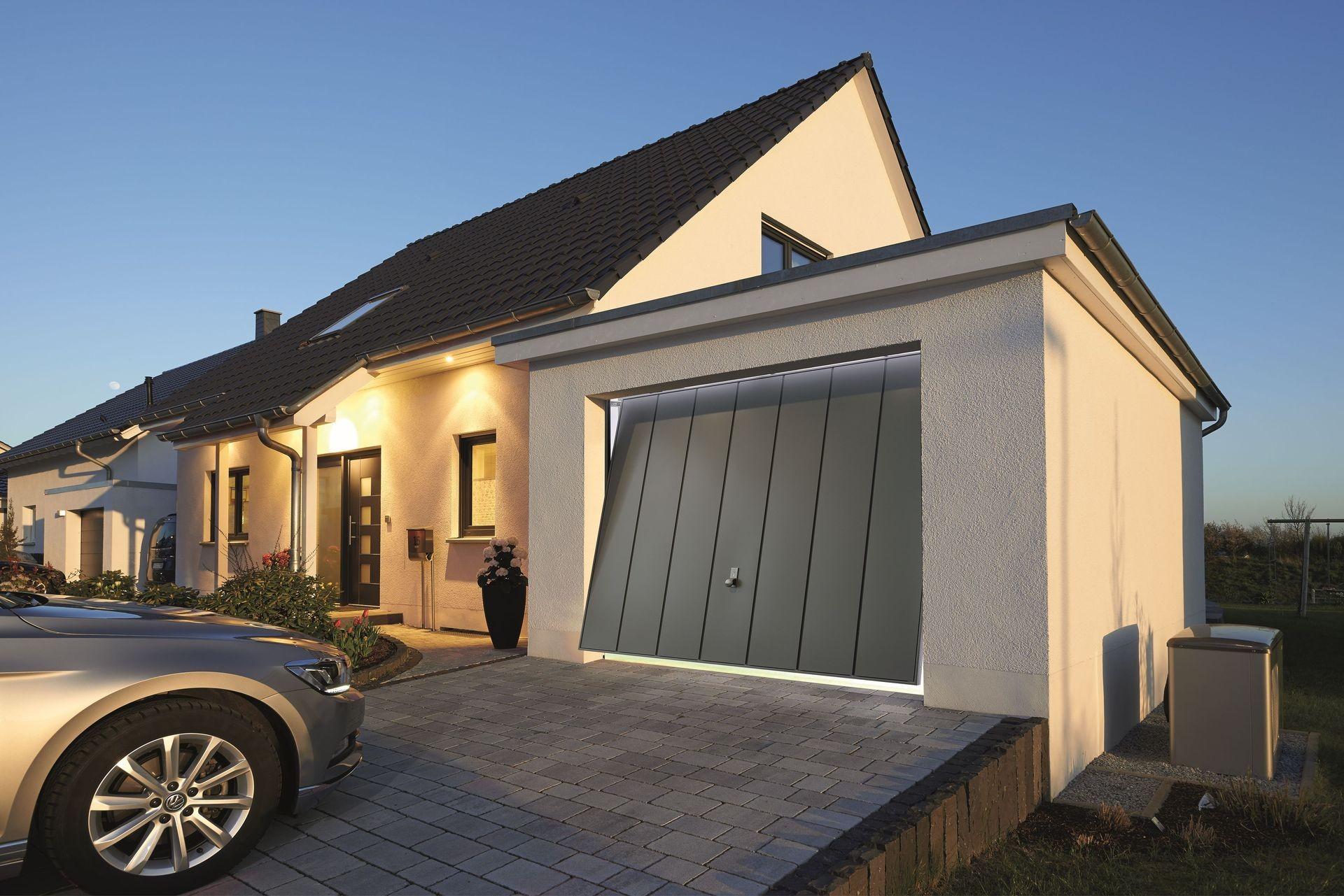 Porte d 39 entr e et porte de garage aluminium annecy for Garage ford annecy 74
